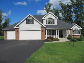 A newer Contemporary home with lots of space in a desirableneighborhood.