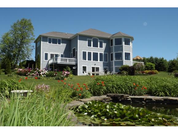 A sweeping country estate with a magnificent, and energy efficient,contemporary.