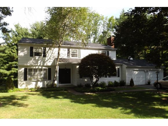 A South Side 2-story with 4-5 bedrooms close to Binghamton University.