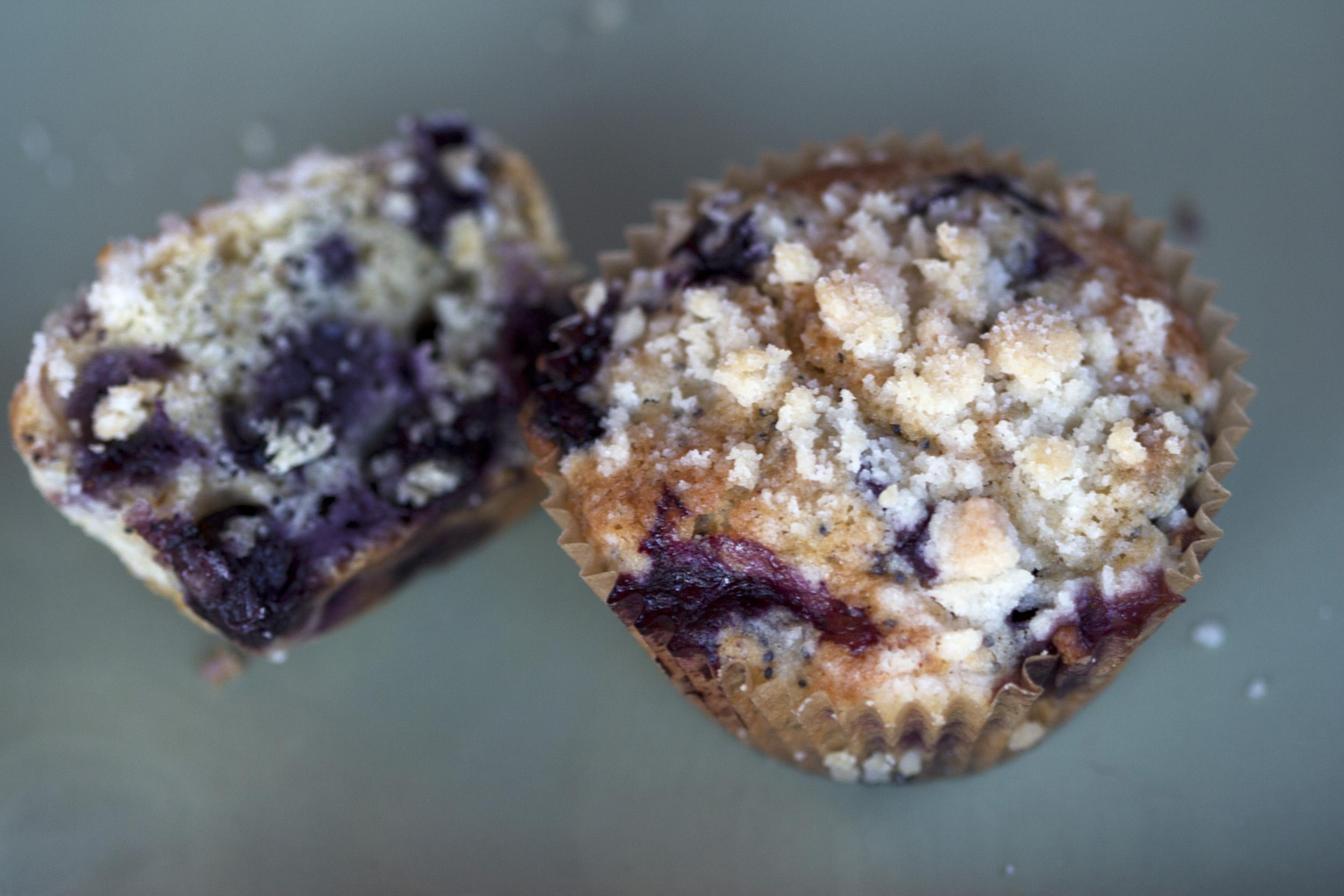 Blueberry_Streusel_Muffins_0025.jpg