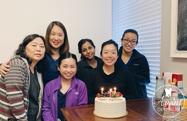 One more birthday cake to end last week! Happy Birthday, Dr. Liang! 🎂🎂 . . . . . #birthday #hbd #avantdentistry #dentist #dentalassistant #hygienist #celebrate #birthdaywishes #birthdaycake #sweettooth #toothfairy #plano #texas #dallas #latergram