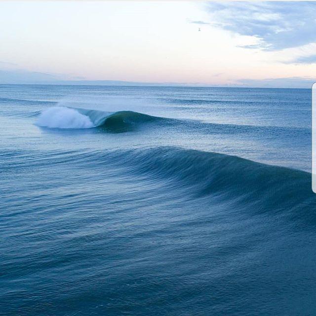 A surfers dream. Sick image @bencurr . . . . . . #boardrax #surfboards #surf #surfboardrack #boardrack #windsurf #handmade #earth #design #waves #ocean #longboards #sups #surfing #standuppaddleboard #love #freestanding #sydney #me #tbt #beach #watersports #beachlife #australia #surfrack #fun #surfer