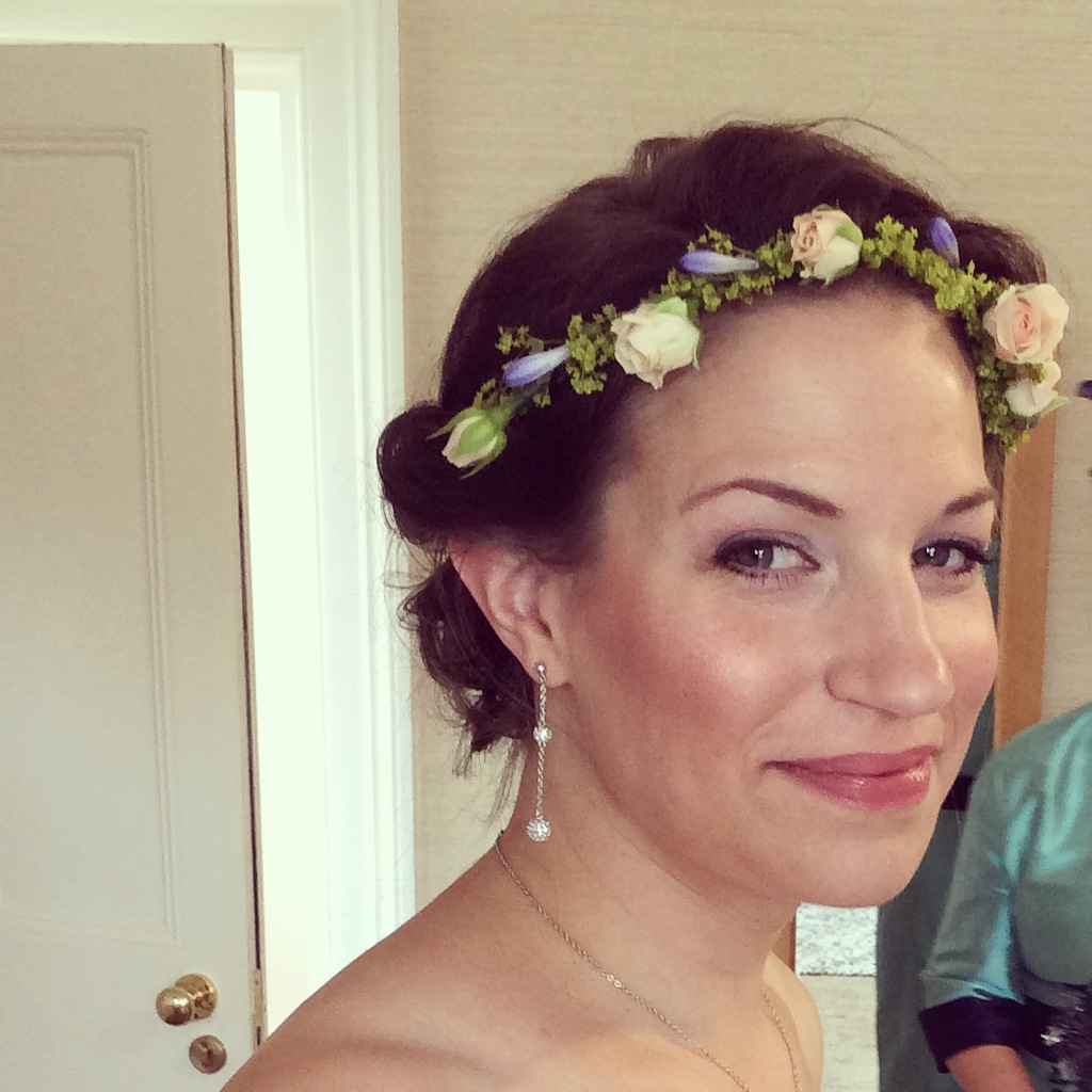 wedding hair floral