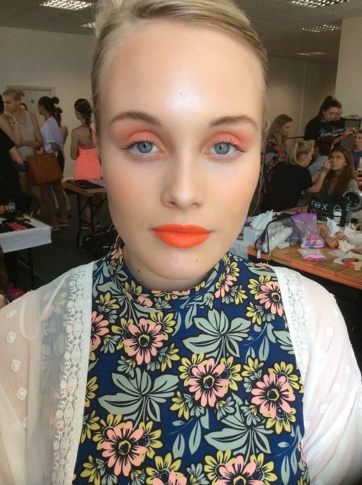 LJMU Make Up-Artist Designed