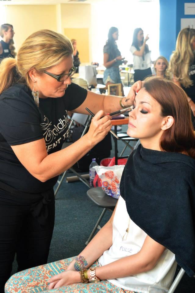 Make Up Artist Victoria