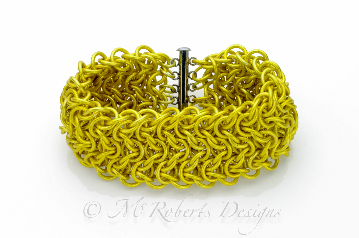 Made with yellow anodized Aluminum