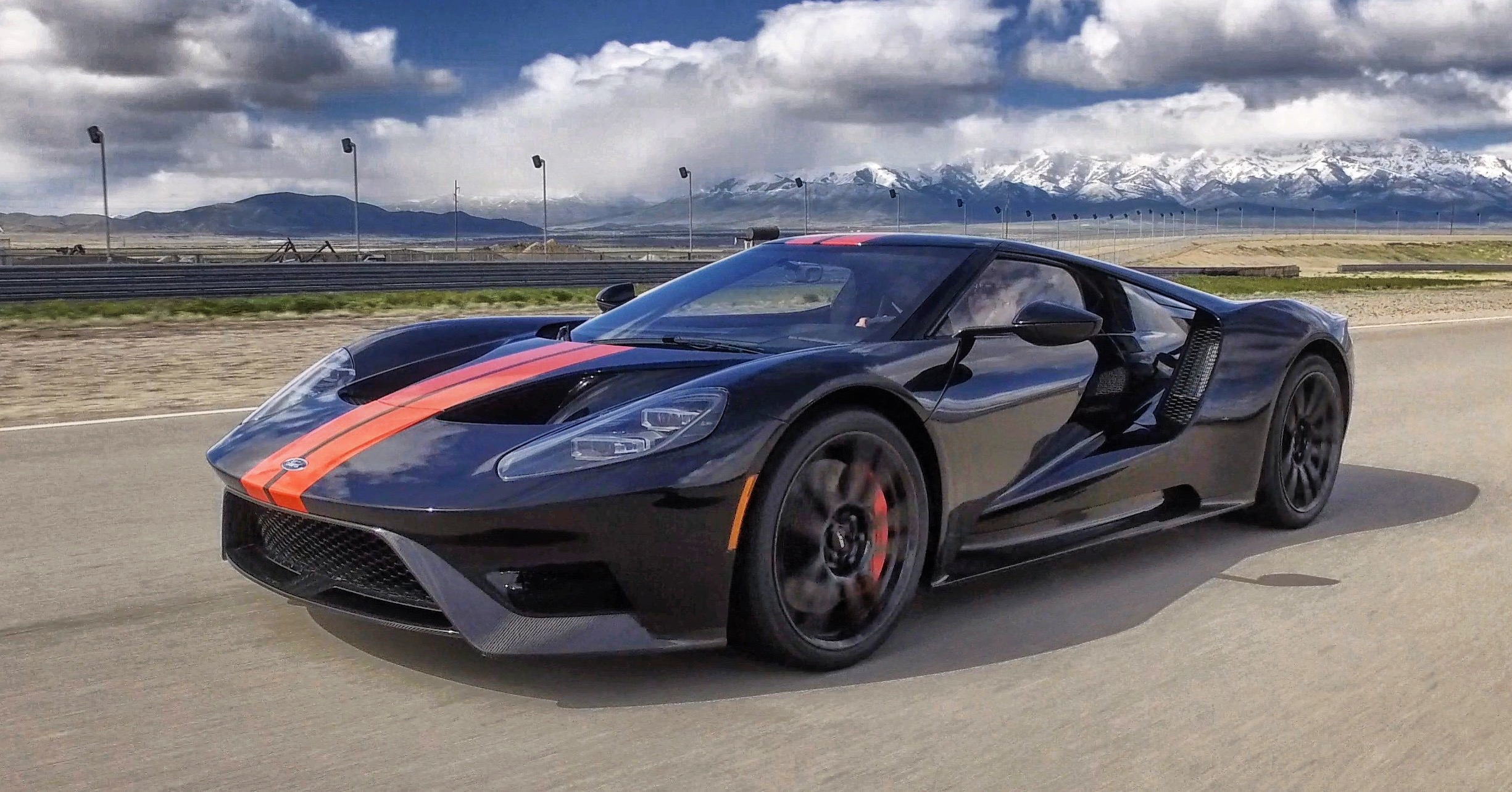 FORD GT -