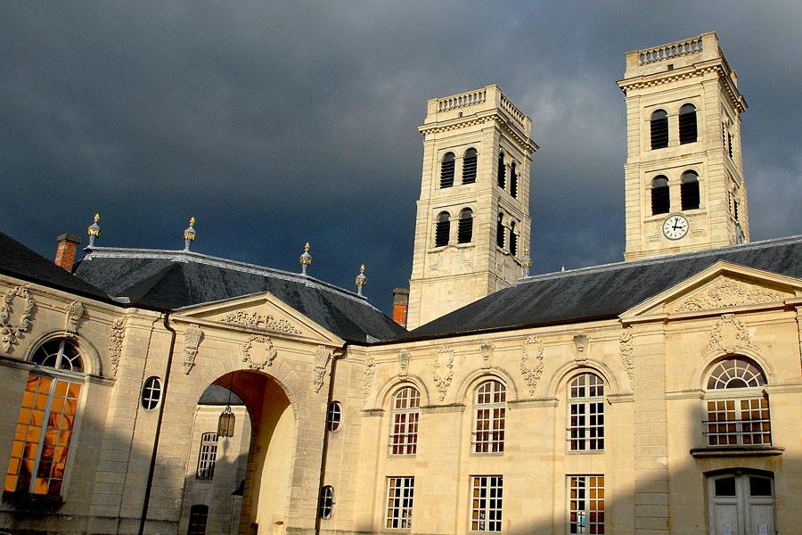 Discover Verdun