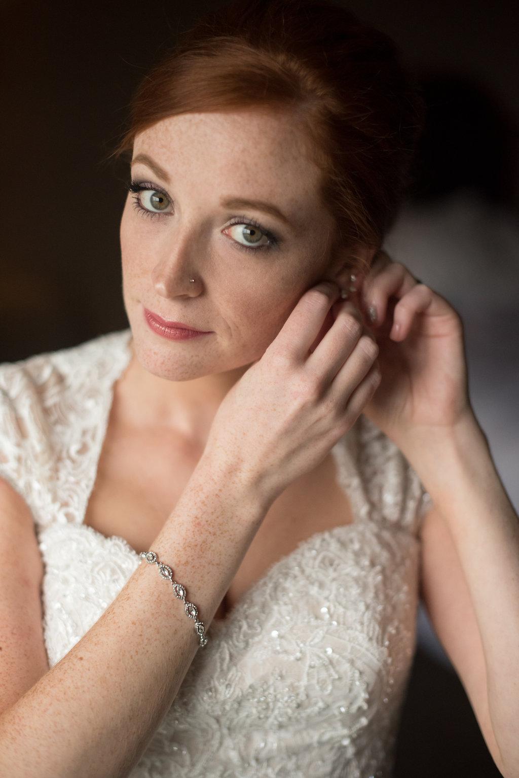 Burlington VT Weddingphotography--gettingready-114.jpg