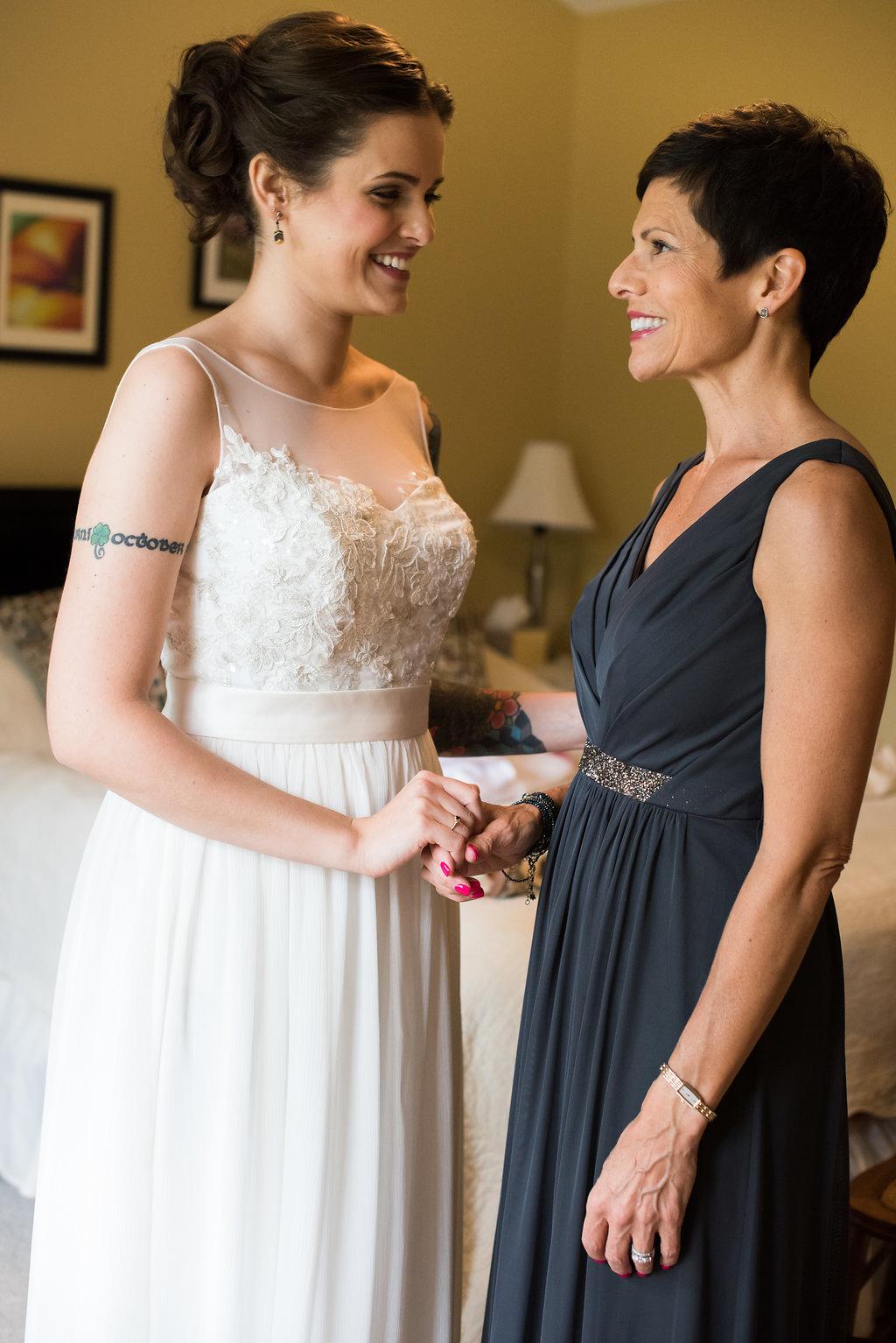 Burlington VT Weddingphotography--gettingready-129.jpg