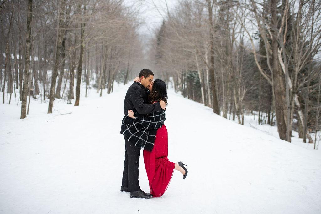 vermont-photographer-vermont-weddings-vermont-wedding-photography-sarah-annay-photography-vermont-stowe-photographer12.jpg
