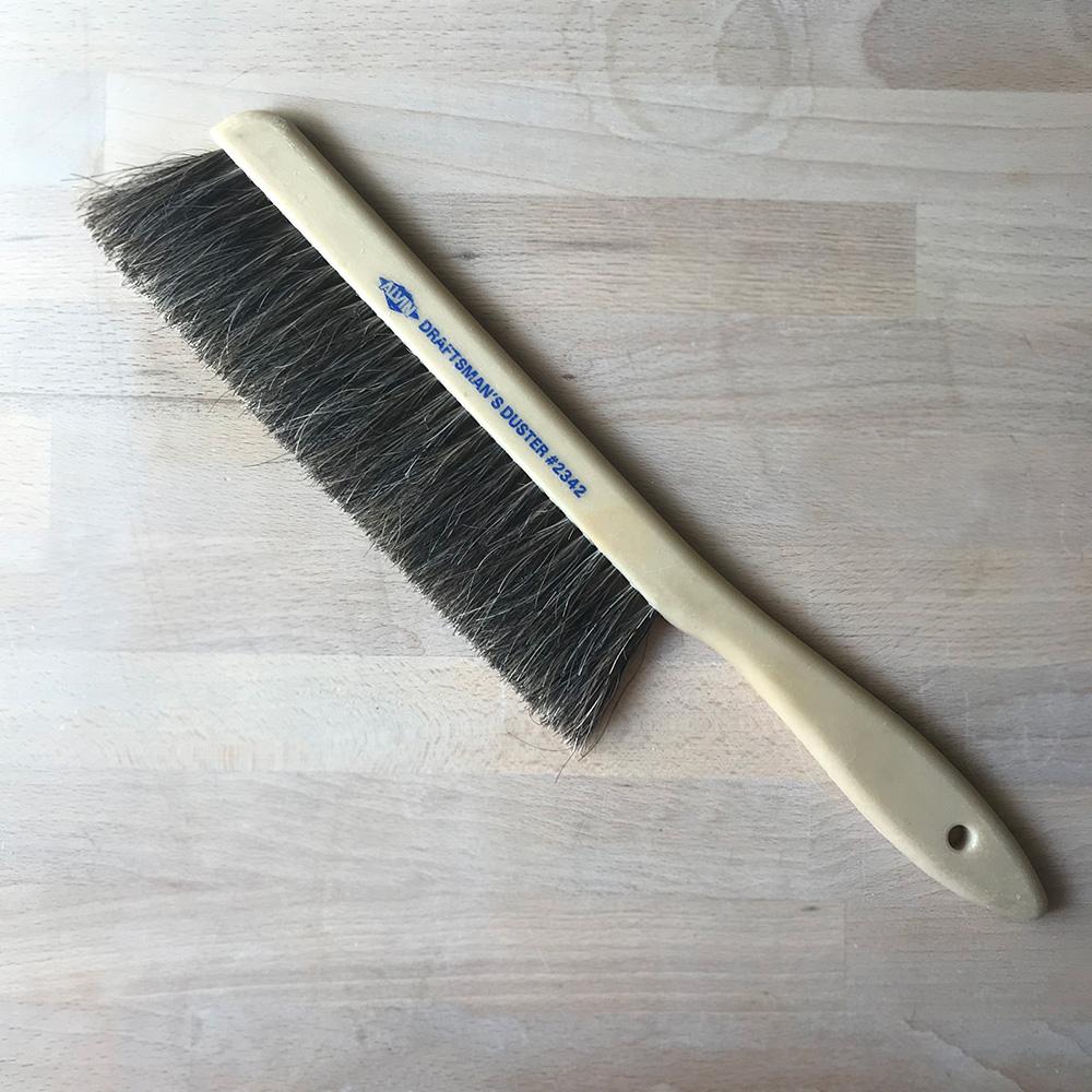 Alvin 2342 Comfort Curve Dusting Brush