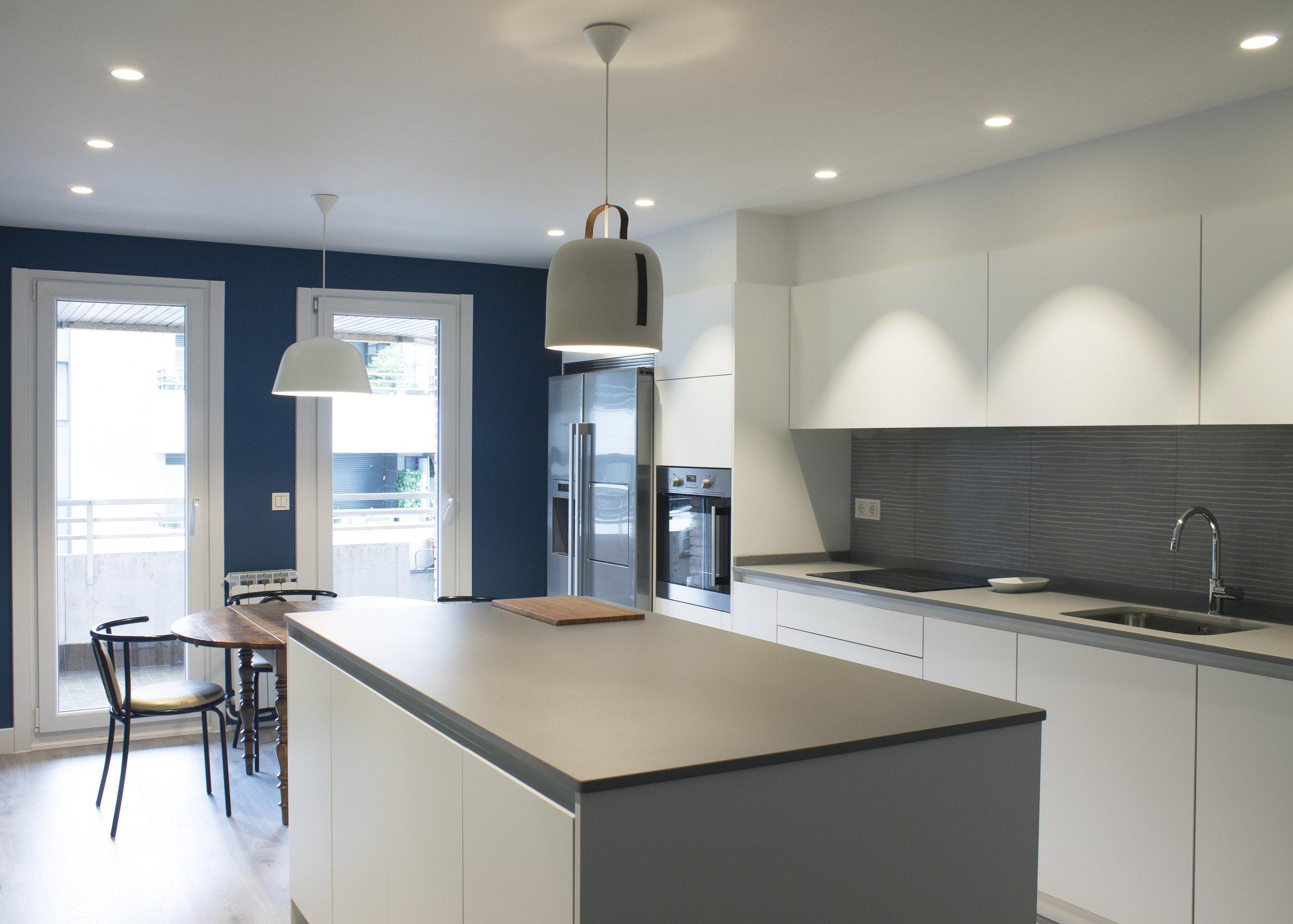 White kitchen_SilviaCeñal_Interior_1