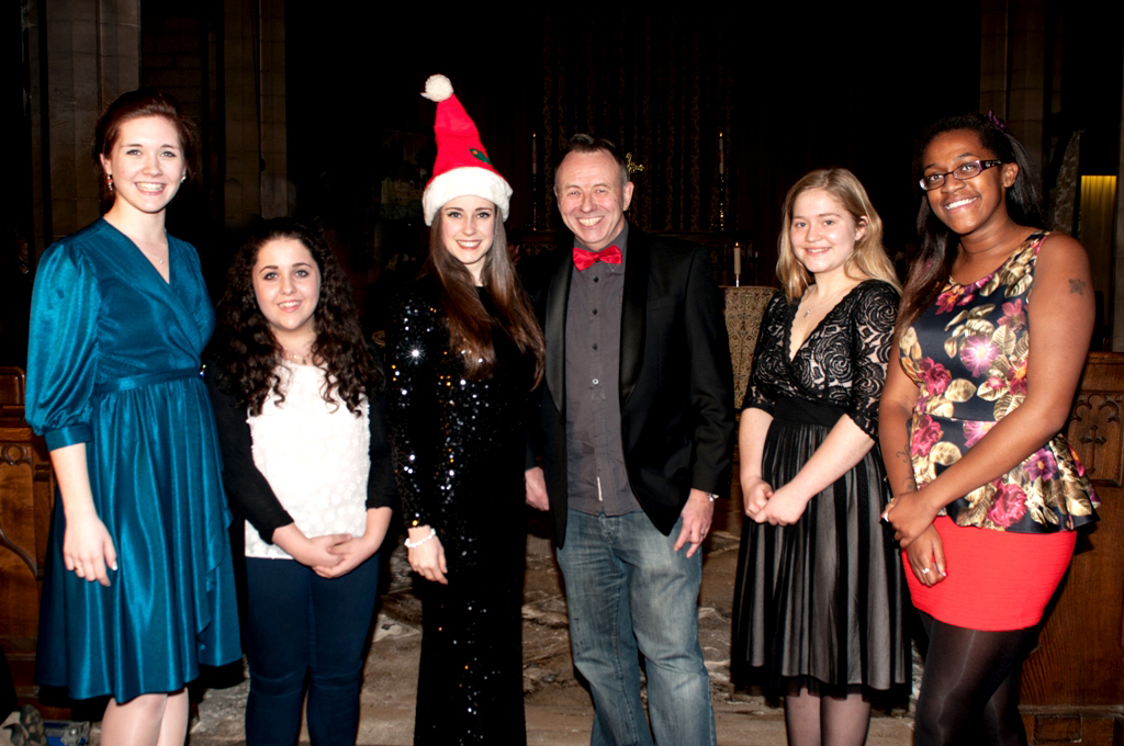From left to right: Bryony, Rosita, Mary-Jess, Brendan (Head of The Door Youth Project), Megan and Charlene.