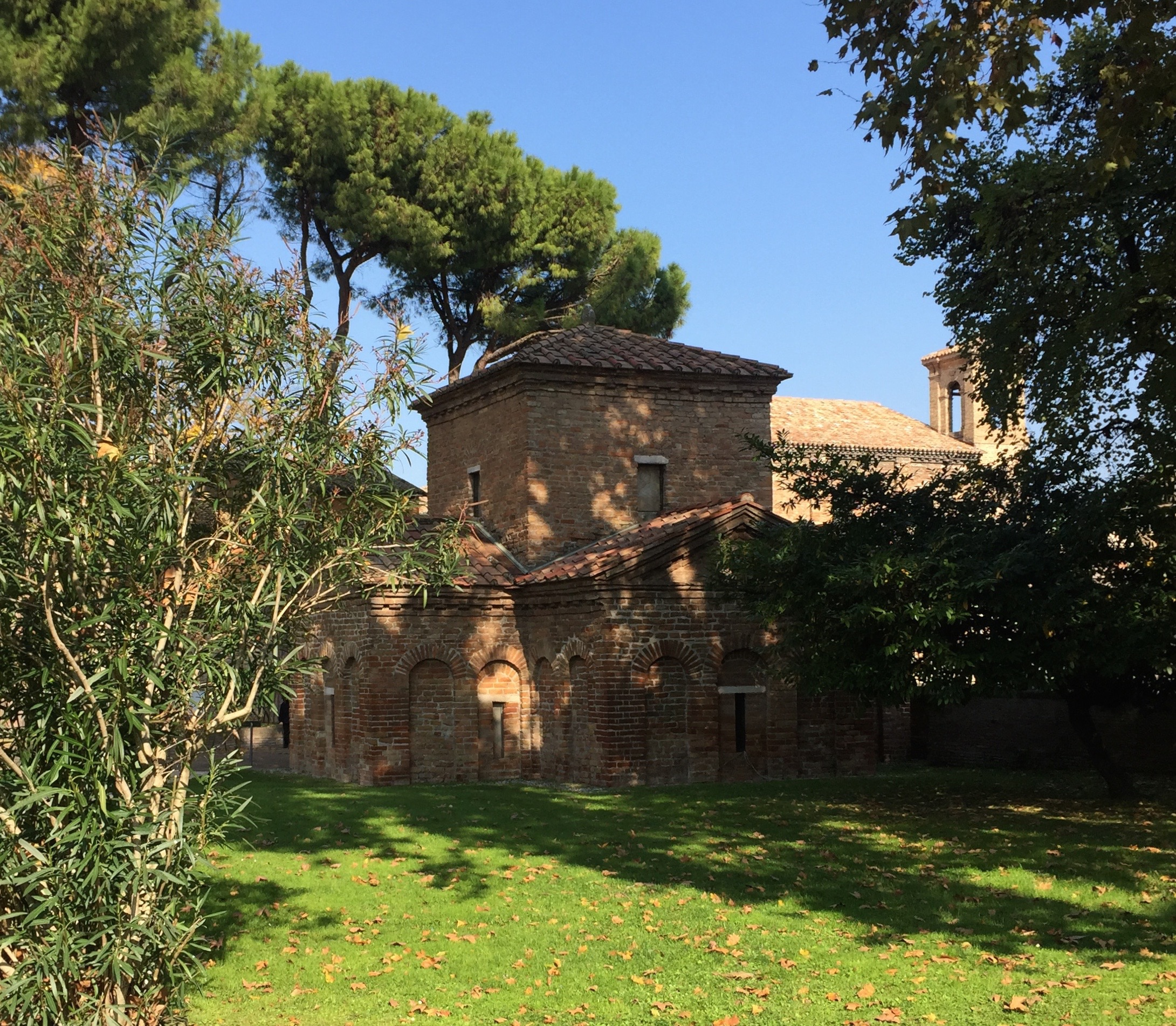Exterior of the Mausoleo di Galla Placidia, 425-450 A.D.
