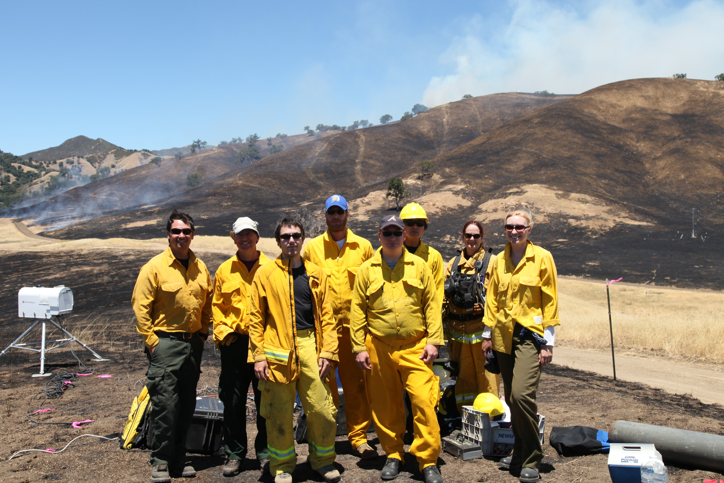 Fire Lab group photo (and Ruddy Mell, USFS) after Fort Hunter Liggett Experiment, 2012.
