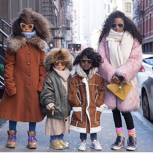 All the cold 🥶 vibes in #NYC this week. How did you keep warm? #REPOST @_callmesparkle with friends @whoworewhatmini @siddyinthesity #petitePARADE #PolarVortex