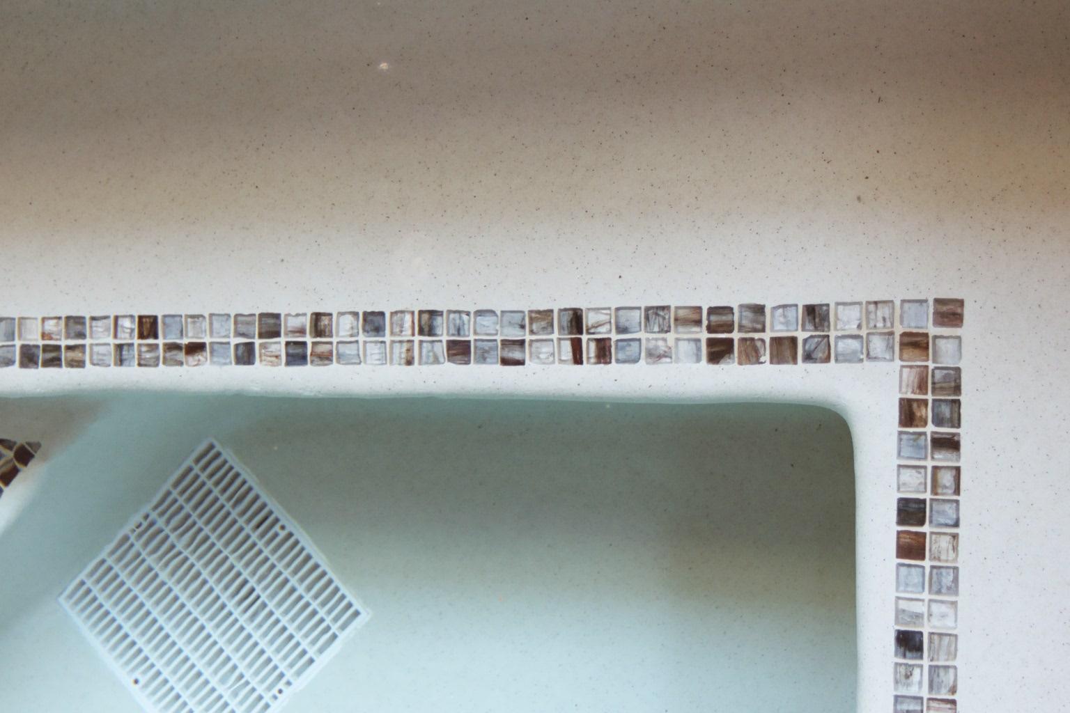 Spa Bench Tile