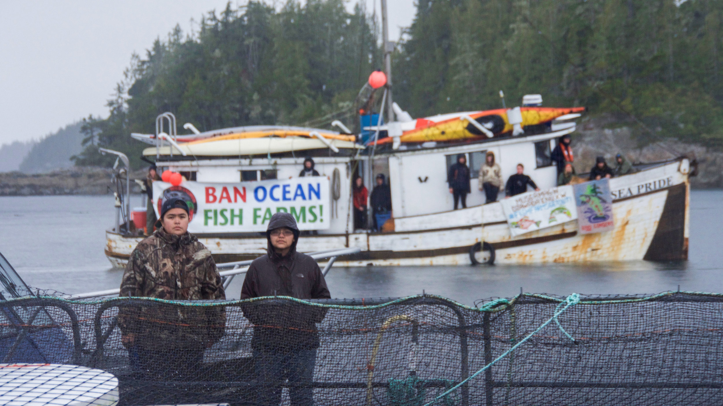 BanOceanFishFarms.jpg