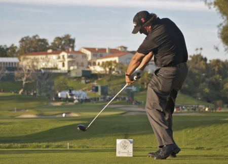 Phil Mickelson in action at Riviera CC. Pic via  geoffshackelford.com