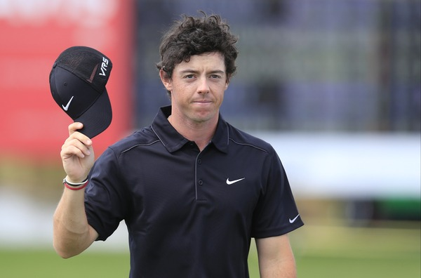 Rory McIlroy salutes the crowd after carding a four under 66 to take the halfway lead in the Honda Classic.Picture: Fran Caffrey www.golffile.ie