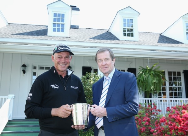 George O'Grady, Chief Executive of The European Tour, presents Darren Clarke with an engraved Thomas Lyte ice-bucket to mark his 500th European Tour appearance at this week's Masters Tournament.©Gettyimages