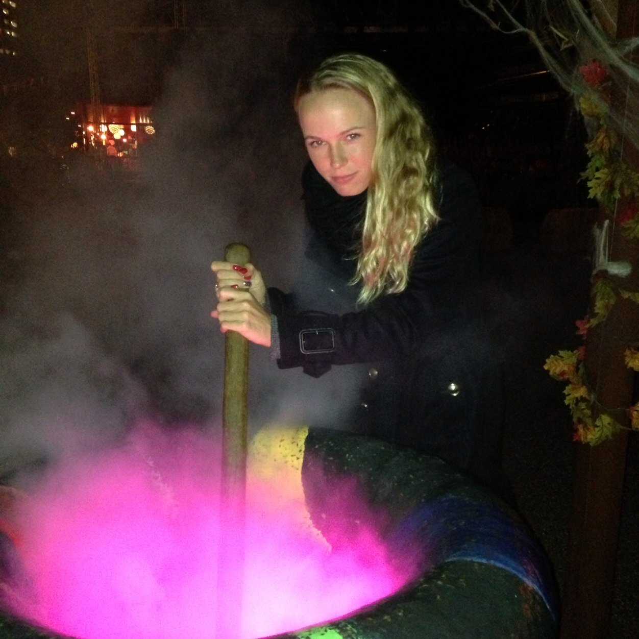 Stirring it. Caroline Wozniacki via  twitter.com/carowozniack