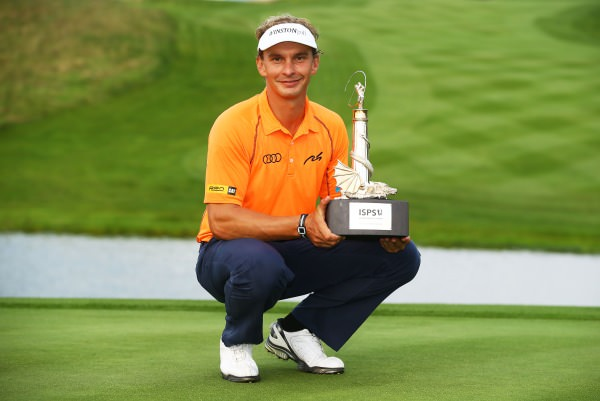 Joost Luiten with the ISPS Handa Wales Open trophy. Picture © Getty Images