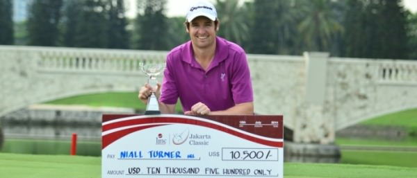 Niall Turner following his maiden win. Picture courtesy  asiantour.com