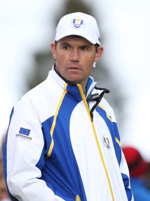 Pádraig Harrington watches the European team practice at Gleneagles. 28 September 2014. Picture David Lloyd,  www.golffile.ie