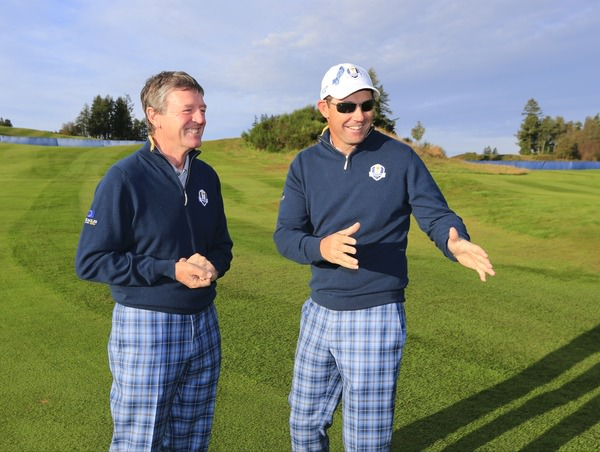 Pádraig Harrington shares a joke with Des Smyth at Gleneagles. Picture Eoin Clarke,  www.golffile.ie