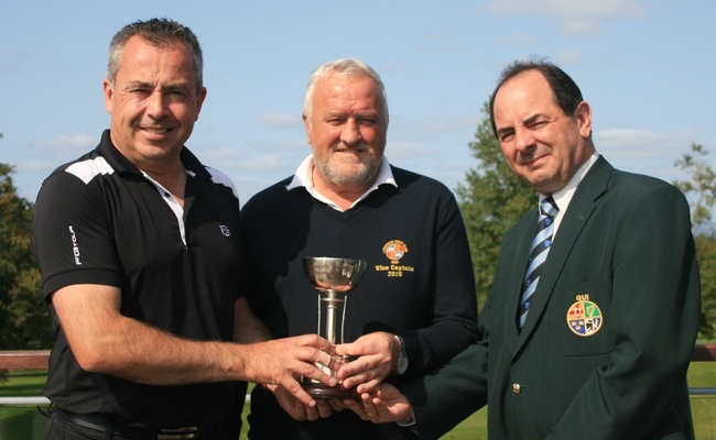 Winner Pat Murray (Limerick) with Frank O'Mahony (Vice Captain,Limerick Golf Club) and Peter English (GUI Munster Golf).