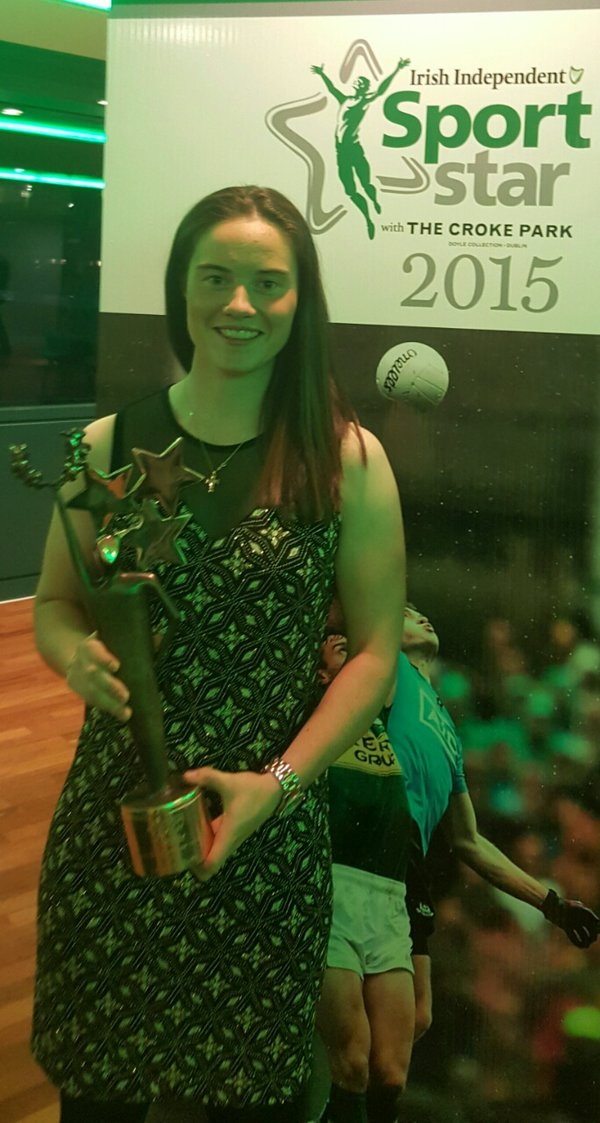 Leona Maguire with the Irish Independent Young Sports Star of the Year award at Croke Park last night