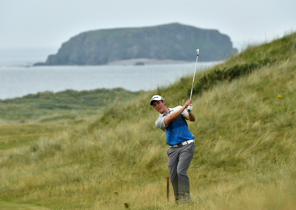 John Ross Galbraith (Whitehead) pitching to the 13th green at the AIG Irish Amateur Close Championship at Ballyliffin Golf Club today (18/08/2016).  Picture by   Pat Cashman