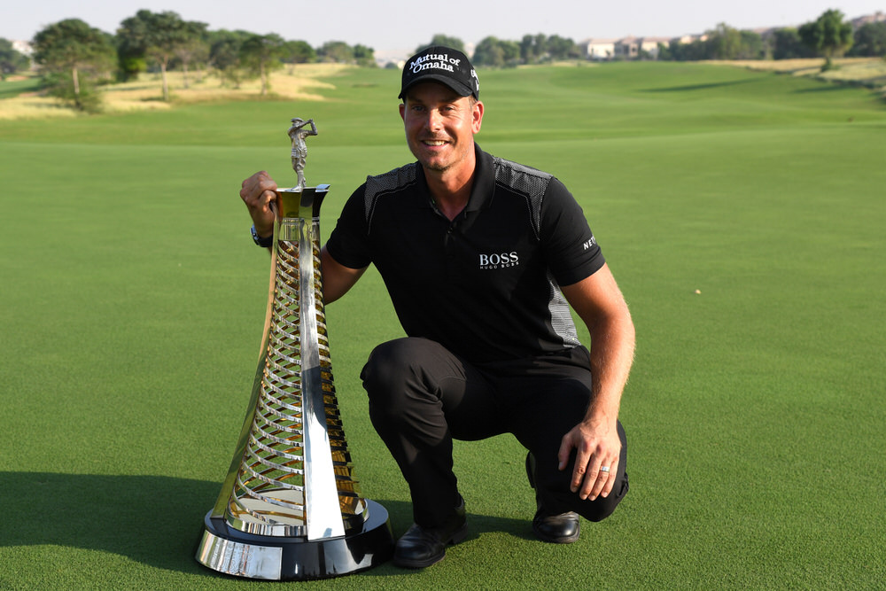 DUBAI, UNITED ARAB EMIRATES - NOVEMBER 20: Henrik Stenson of Sweden poses with the Race to Dubai trophy during day four of the DP World Tour Championship at Jumeirah Golf Estates on November 20, 2016 in Dubai, United Arab Emirates. (Photo by Ross Kinnaird/Getty Images)