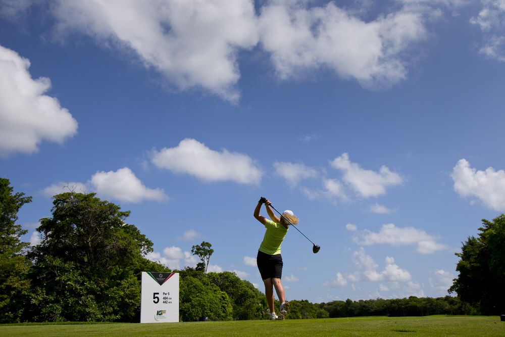 Annabel Wilson of Ireland, plays her tee shot at the par 5 fifth hole, during the third round of the 2016 Espirito Santo Trophy at Iberostar Playa Paraiso Golf Club in Riviera Maya, Mexico on Friday, Sept. 16, 2016. (Copyright USGA/Steven Gibbons)