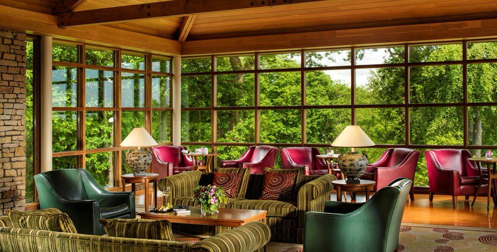 Pavilion Lounge.jpg