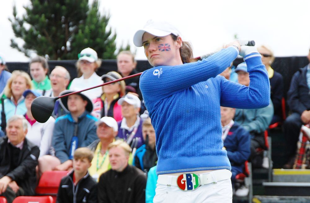 Leona Maguire hits her opening tee shot in the 2016 Curtis Cup at Dun Laoghaire