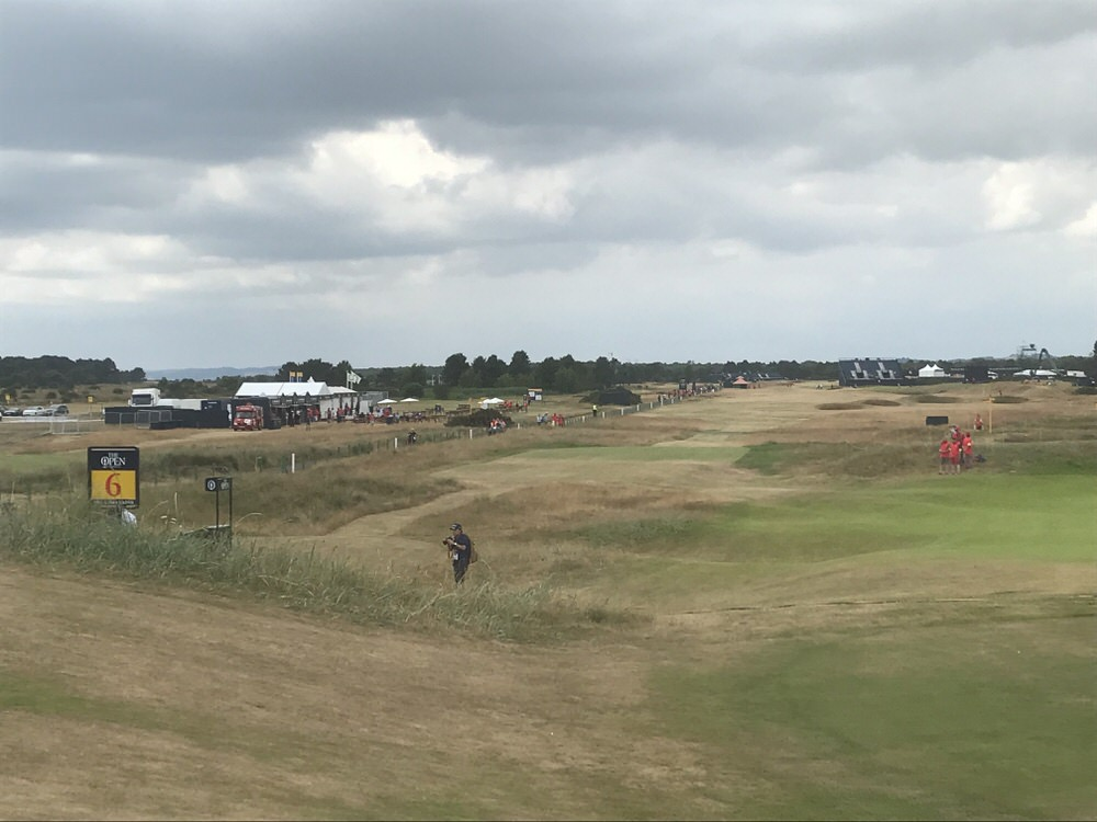 Hogan's Alley with out of bounds left and a nest of bunkers on the right