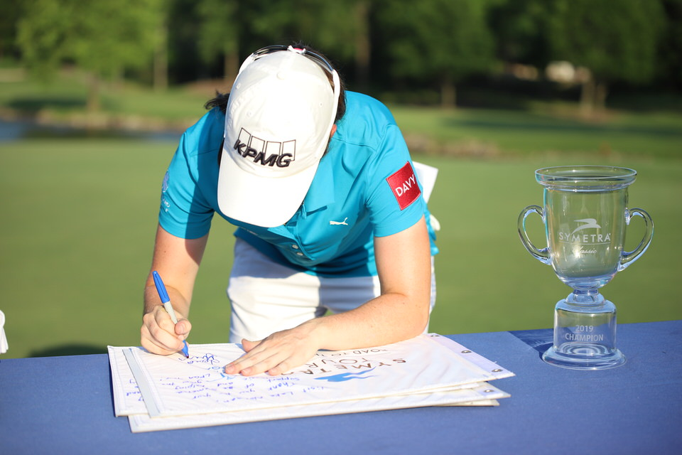 Leona Maguire signs flags 4.JPG