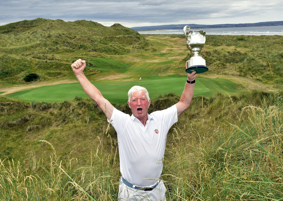 The late Maurice Kelly (Naas) celebrating his 2018 Irish Seniors Amateur Close Championship win at Enniscrone Golf Club in his inimitable style (06/07/2018). Picture by  Pat Cashman