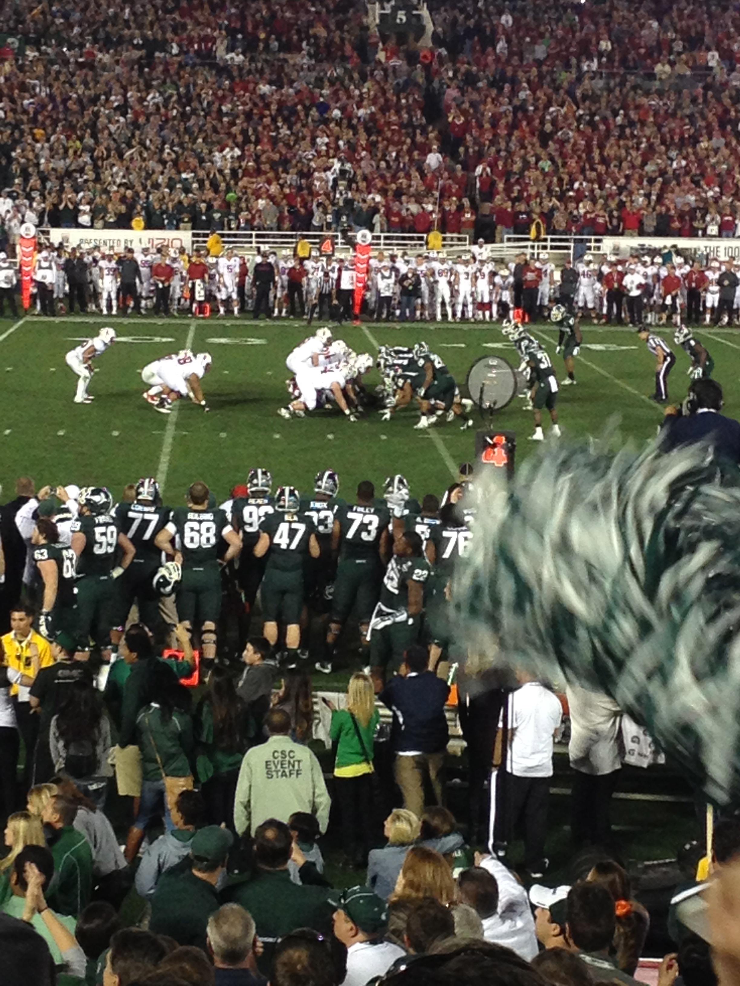 Spartan defense makes a key stop at the Rose Bowl
