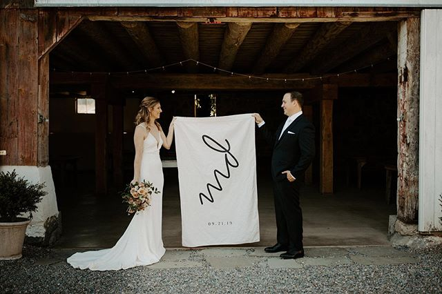 """""""Here's to the corkscrew - A useful key to unlock the storehouse of wit, the treasury of laughter, the front door of fellowship, and the gate of pleasant folly."""" WEP French . And here's to @mollzorr and @davidsangiacomo for letting me play with their modern wedding monogram 🙌🏻. When the bride's an interior designer, you know you're in for some fun! . Photos 
