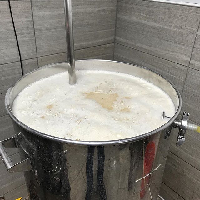 105 lbs of grain. Mash Tun is full up for what should be a 10% rendition of the Red Tap Barleywine.