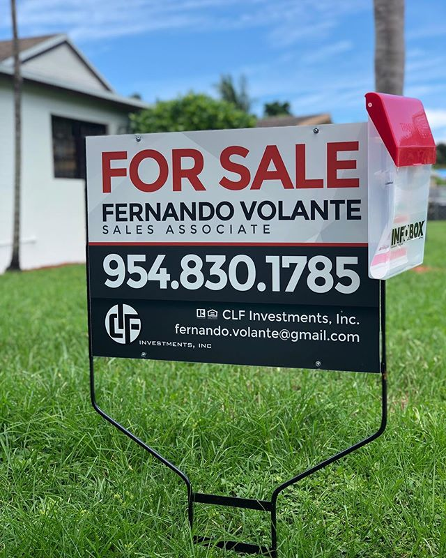 Here's a sneak peek of your next listing! Get your sign out there and sell sell sell!  Our realtor's choice yard sign is printed on PVC on both sides and mounted on an aluminum ground frame for only $69.95 ready in 2 days!. . I dare you to find a better deal!. . No shipping costs if you pick up at one of our locations: Weston, Brickell or Coral Gables! . . No design? No problem! We have a team of creative designers ready to make your wildest dreams a reality! . . . . . #creativeprinter #realestatemarketing #marketing #branding #listings #listingagent #forsale #yardsigns #forsalesigns #realtorschoice #miamirealtor #miamirealestate #topproducer #homesale #houseforsale #miamirealty #graphicdesign #creativedesign #localprinter  #localbusinesses #girlboss #miamigirl #youngentrepreneur