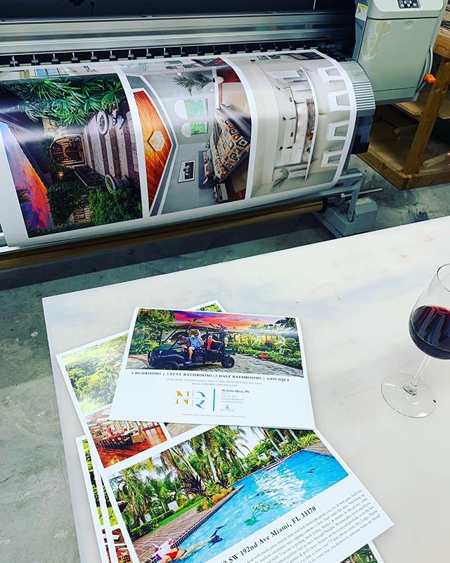 Late night prints with a nice glass of wine, to meet the rushed datelines of one of our favorite realtors @luxuryrealestateforsale . . . . #rushedprinting #print #posters #postcards #brochures #creativeprinting #creativedesign #graphicdesign #miamiprintshop #printshop #realtor #luxuryrealestate #miamirealtor #miamirealestate #realestatemarketing #girlboss #smallbusiness #wine #wineglass #workingnight #latenights