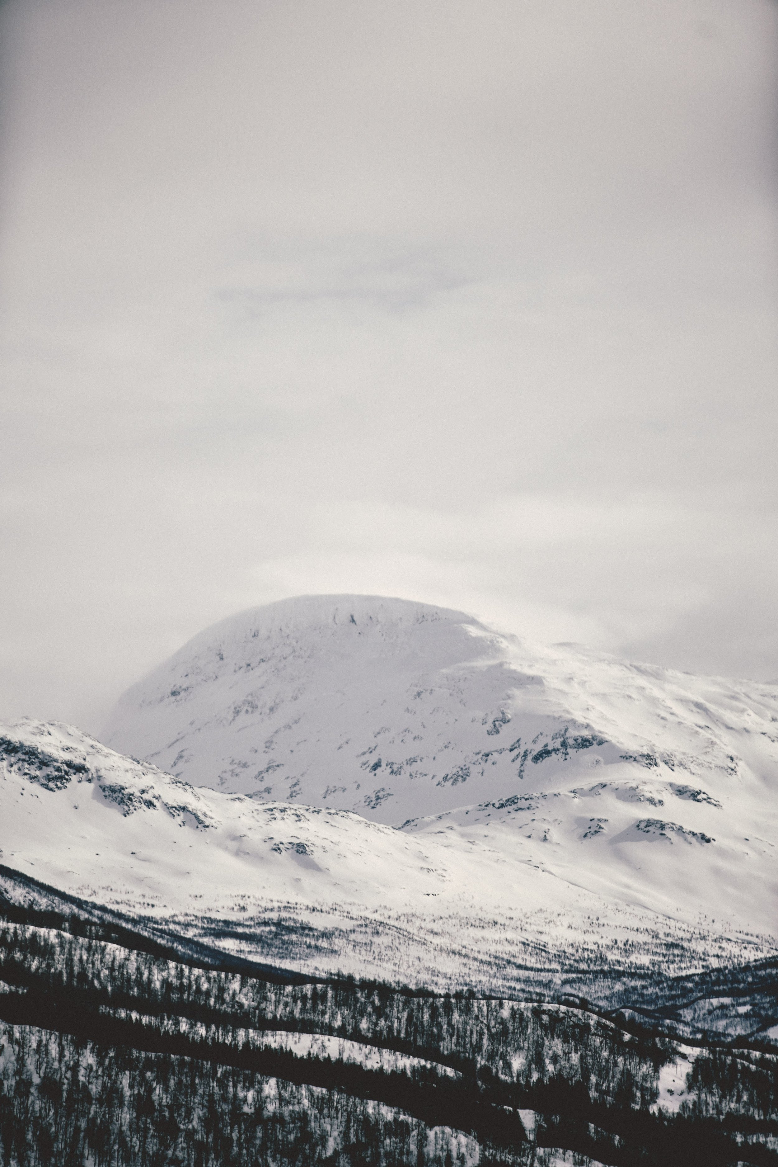 Simon Buxton for Porter Magazine Norway-35.jpg