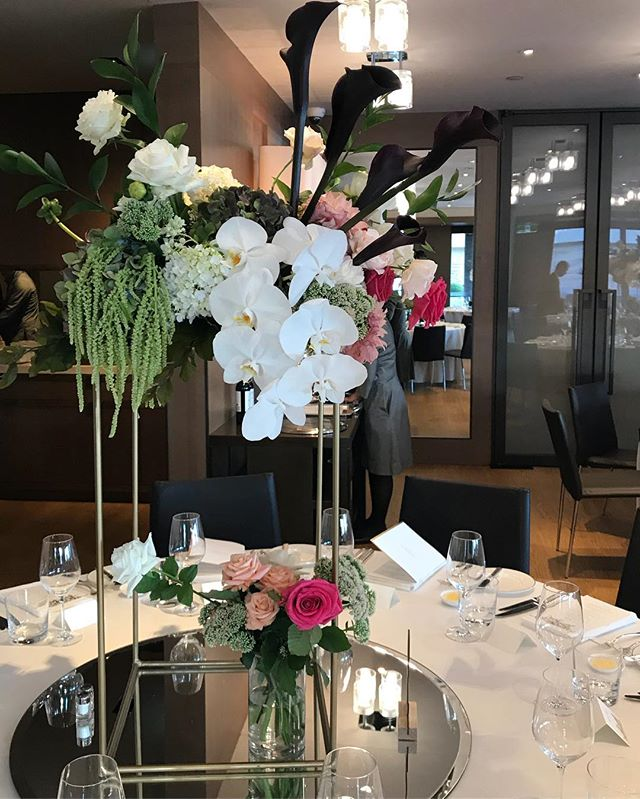 Oh George | Lush tables for Camellia & Michael 🔥 #tablesetting #parkhyatt #parkhyattsydney #engagement #love #flowers #dahliahs #roses #sydney #flora