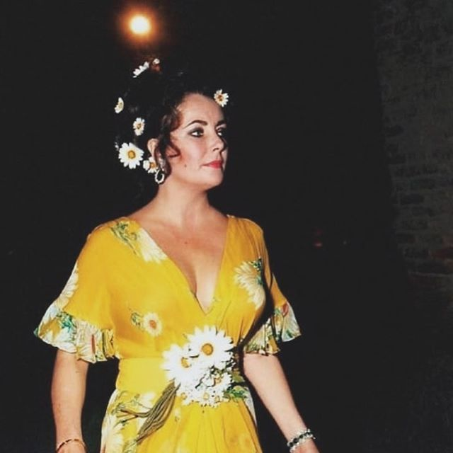 This weekend's look... #elizabethtaylor #babealert
