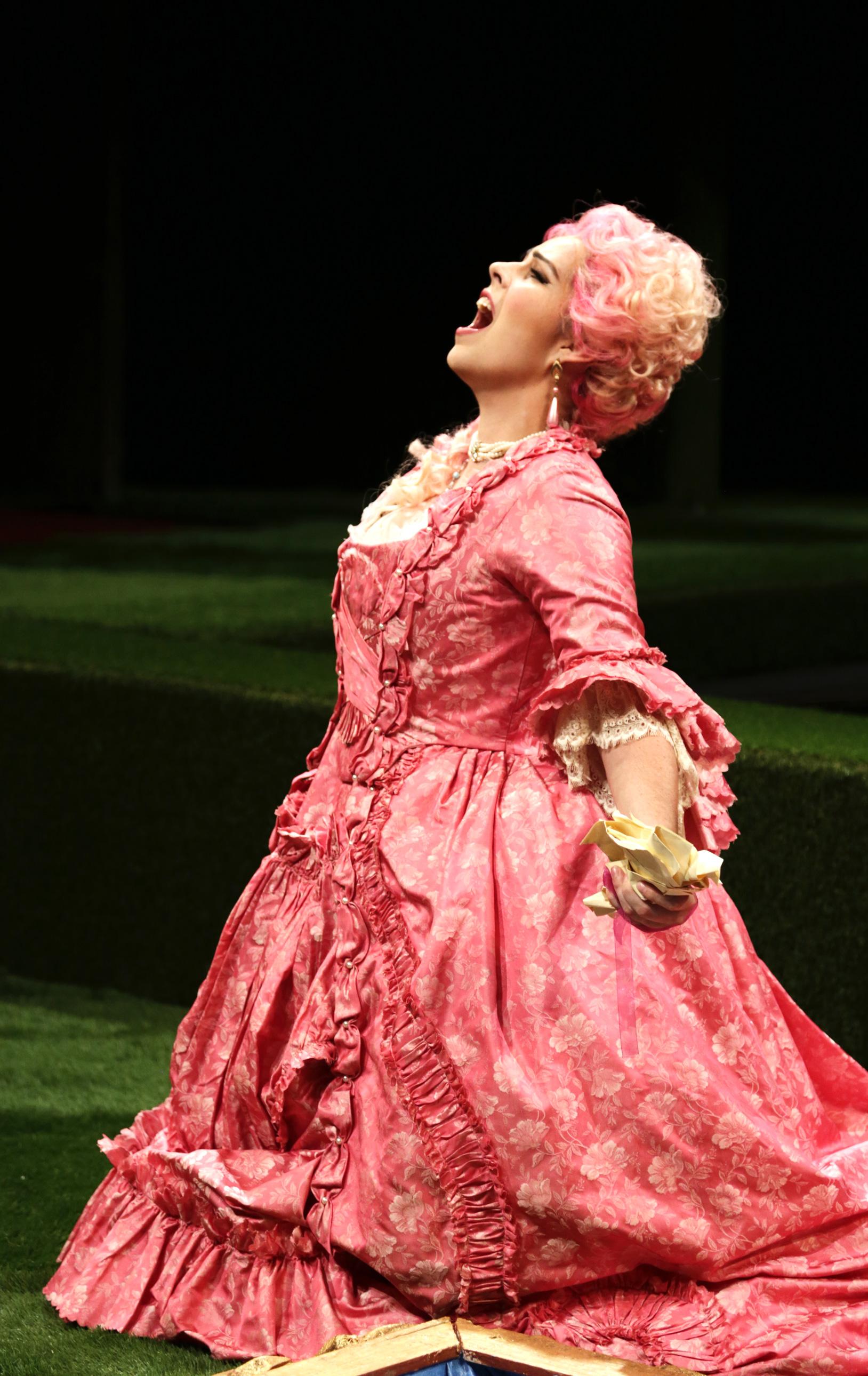 Amanda Woodbury (Konstanze) singing 'Martern aller arten' in Des Moines Metro Opera's 2015 production of Mozart's  Die Entführung aus dem Serail .  —  Photography by Michael Rolands,  Record-Herald    MICHAEL ROLANDS/RECORD-HERALD)